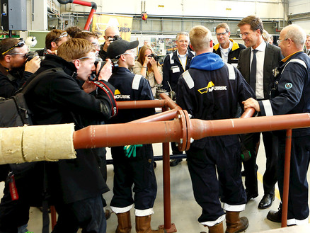 Premier Rutte spreekt met Mourik-leerlingen