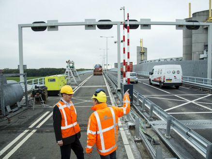 N218: Groot onderhoud Hartelbrug Spijkenisse